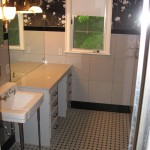 Master Bathroom -- Before