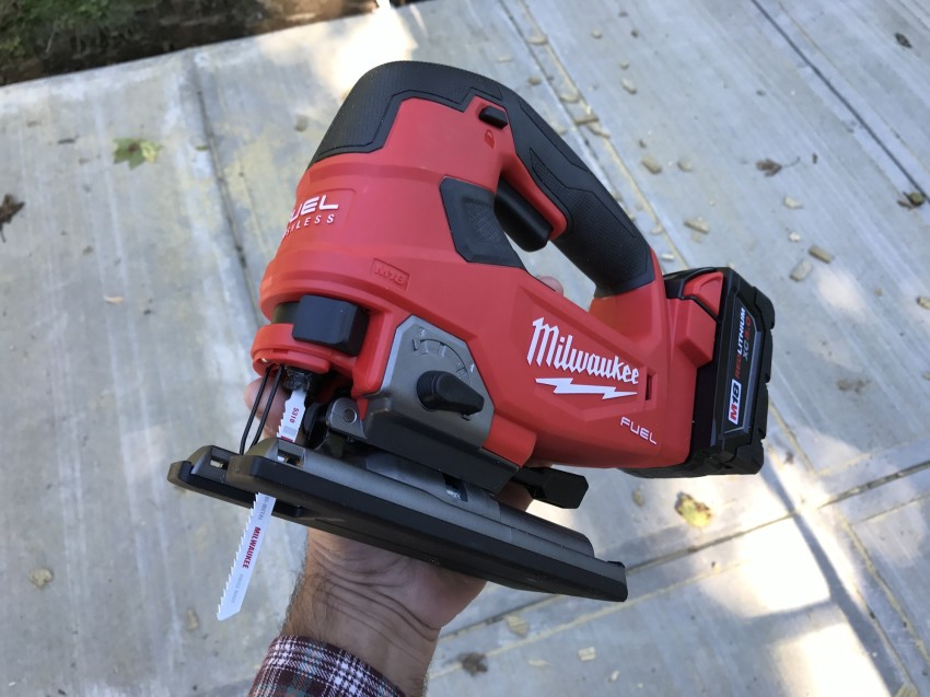 Tool Test: Milwaukee M18 FUEL Cordless D-Handle Jig Saw – jeremykassel.com